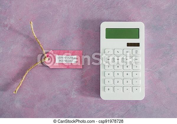étiquette, women-owned, business, calculatrice, égalité, bureau, rose, soutenir - csp91978728