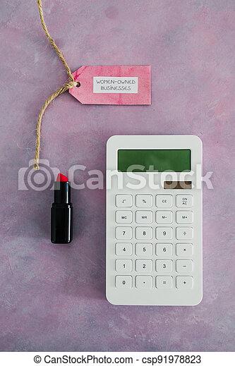 étiquette, women-owned, business, calculatrice, égalité, bureau, rose, rouge lèvres, soutenir - csp91978823