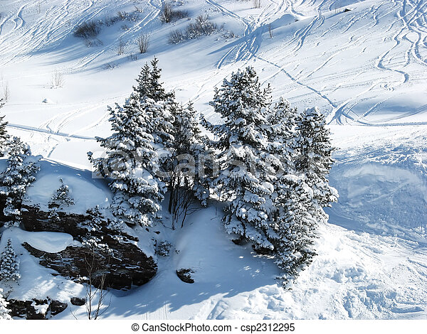 alpes suisses, ski - csp2312295