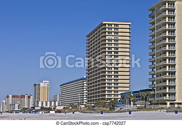 bâtiments, plage, long - csp7742027