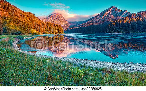 beau, été, obersee, coloré, lac, suisse, incredibly, levers de soleil - csp33259925