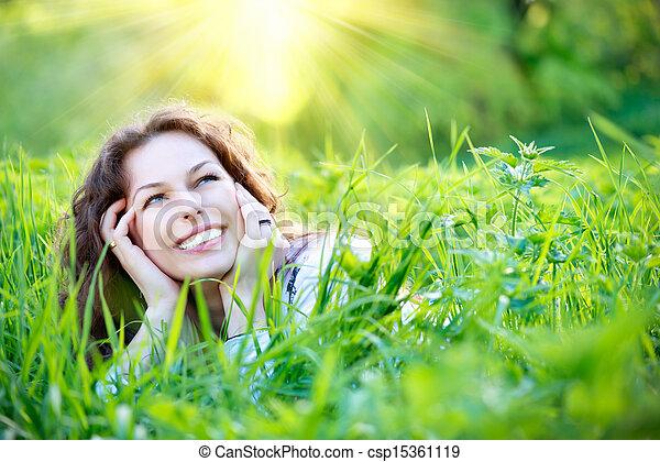 beau, jouir de, femme, nature, jeune, outdoors. - csp15361119