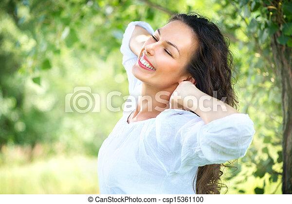 beau, jouir de, femme, nature, outdoor., jeune - csp15361100