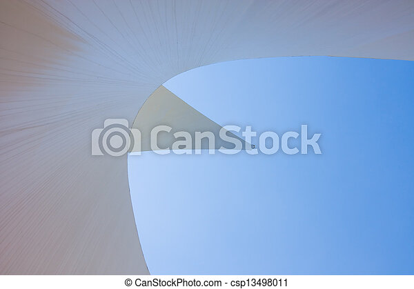 cadran solaire, pont - csp13498011