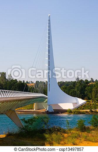 cadran solaire, pont - csp13497857