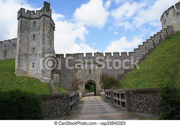 château arundel, entrée, angleterre - csp33840323