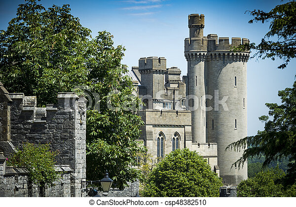 château arundel, sussex, rue, vue - csp48382510