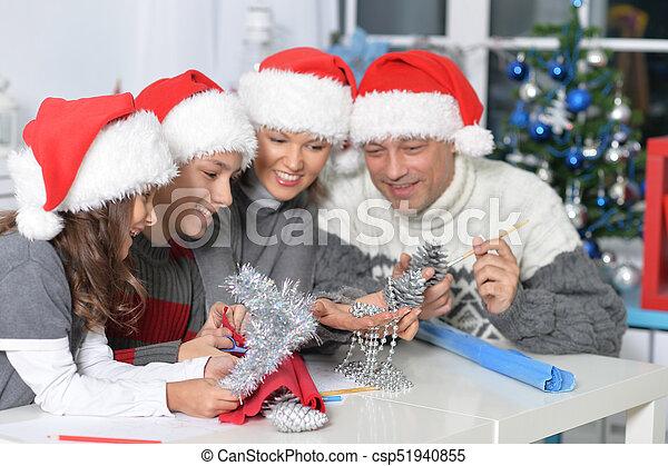 chapeaux, famille, santa - csp51940855
