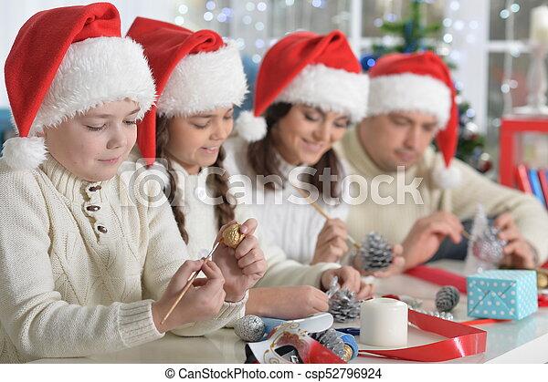 chapeaux, famille, santa - csp52796924