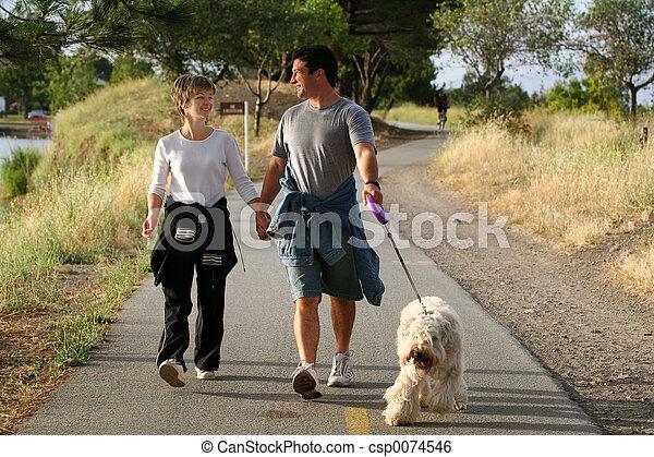 couple, chien - csp0074546