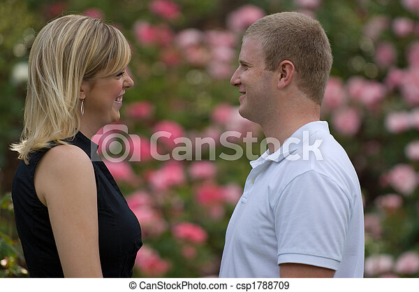 couple, jardin - csp1788709