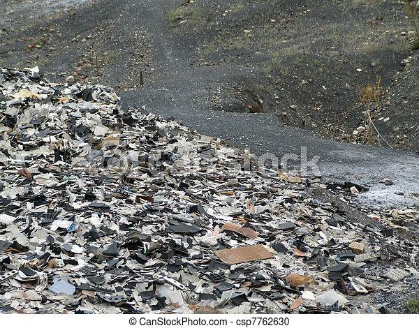 décharge ordures - csp7762630