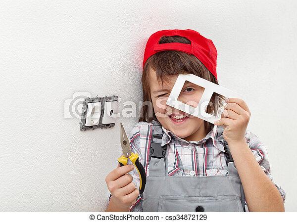 démonter, garçon, mur, rencontre, jeune, électrique - csp34872129