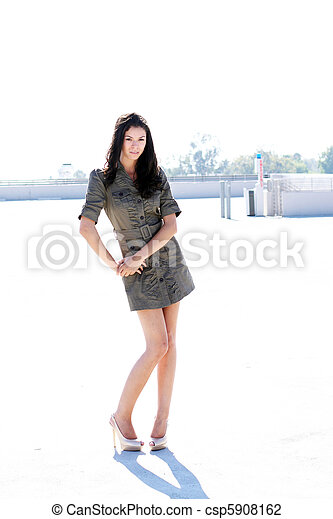 debout, girl, structure, stationnement - csp5908162