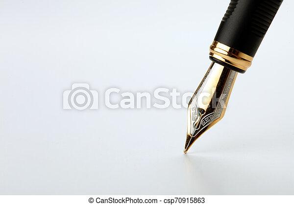 doré, écrit, stylo, fontaine, fond, blanc - csp70915863