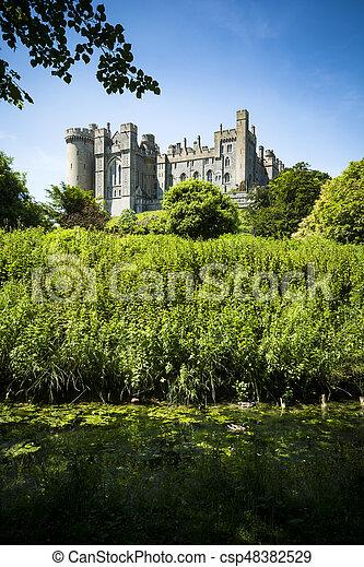 ensoleillé, luxuriant, environs, arundel, vert, château, jour - csp48382529
