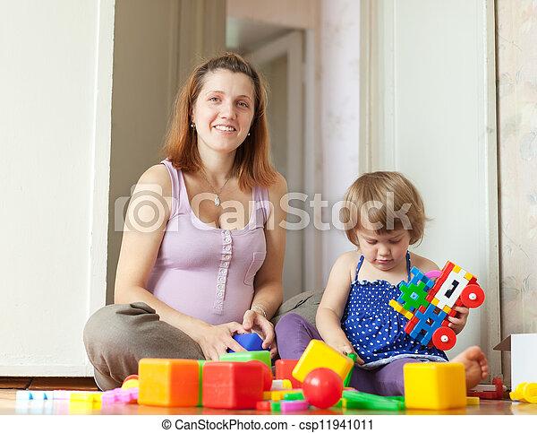 famille heureuse, maison - csp11941011