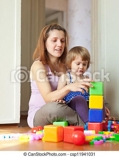 famille heureuse, maison - csp11941031