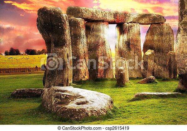 fantasme, stonehenge - csp2615419