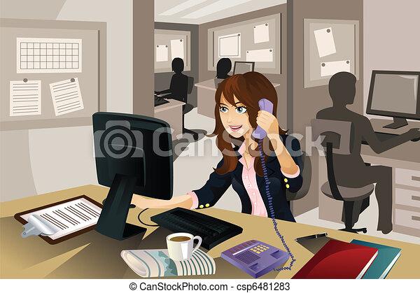 femme affaires, bureau fonctionnant - csp6481283