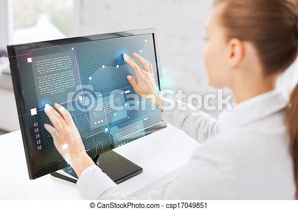 femme affaires, touchscreen, sourire, bureau - csp17049851