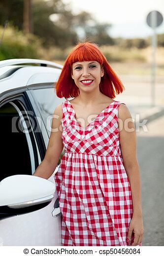 femme, elle, chevelure, voiture, nouveau, rouges - csp50456084