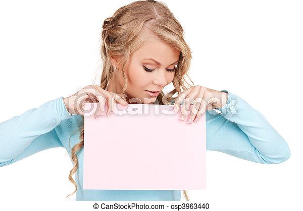 femme heureuse, planche, vide - csp3963440
