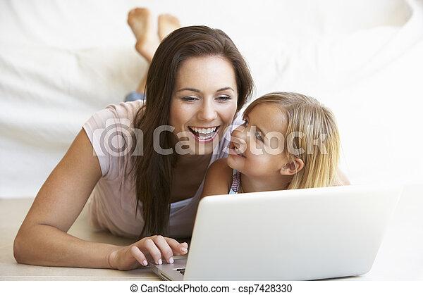 femme, ordinateur portable, jeune, informatique, utilisation, girl - csp7428330