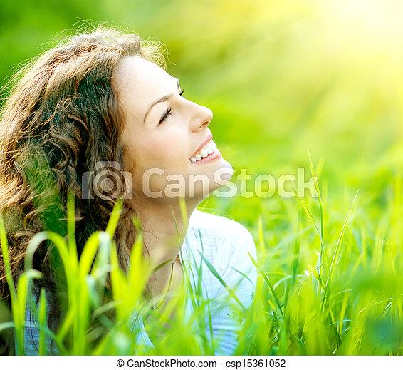femme, outdoors., jouir de, jeune, nature, beau - csp15361052