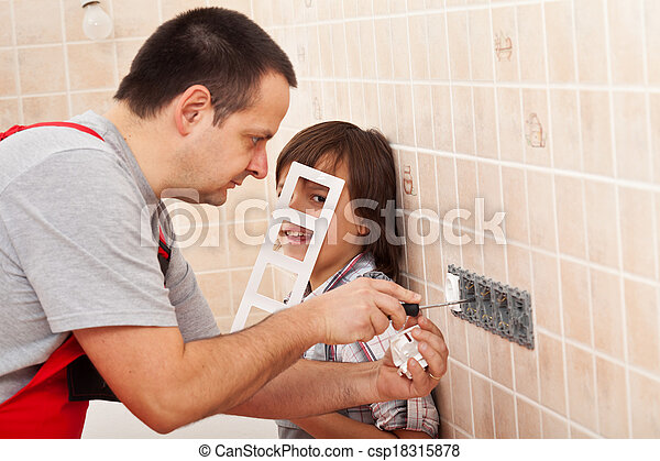 garçon, aider, sien, électricien, travail, père - csp18315878