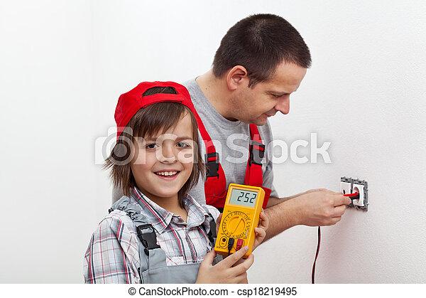 garçon, sien, mur, monture, père, portion, électrique, accessoires, heureux - csp18219495