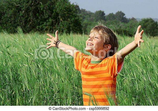 heureux, enfant, été, sain - csp5999892
