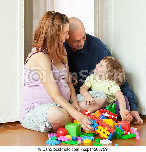heureux, intérieur, maison famille - csp14568759