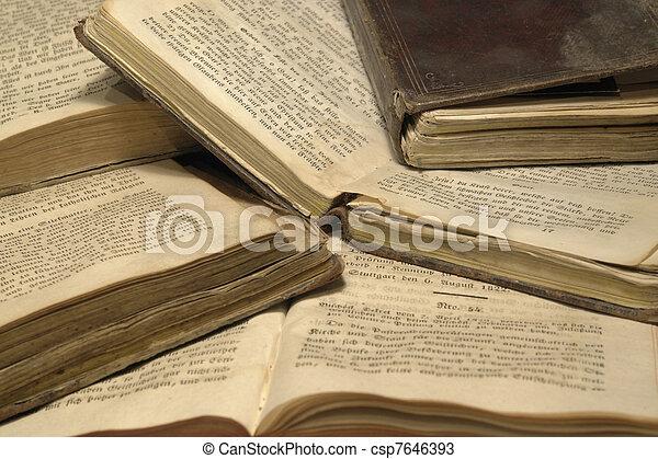 historique, livres, pile - csp7646393