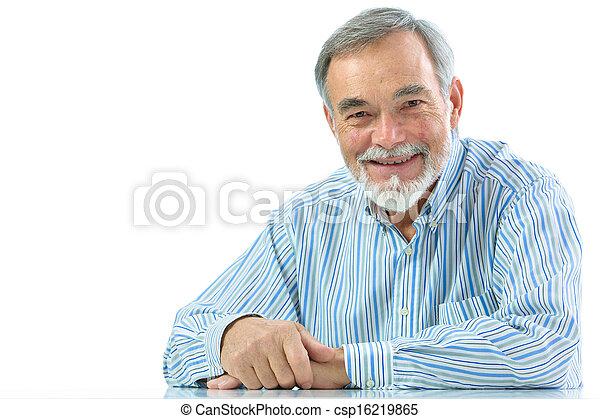 homme, portrait, personne agee, sourire heureux - csp16219865