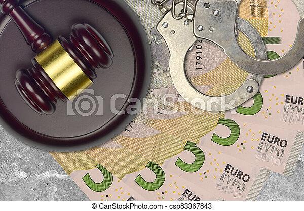 impôt, action éviter, procès, desk., marteau, tribunal, police, juge, 5, judiciaire, euro, menottes, factures, concept, ou, bribery. - csp83367843