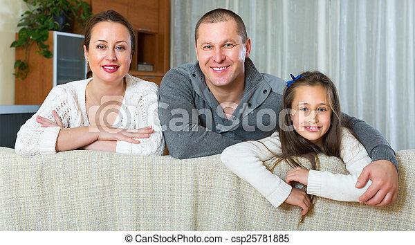 intérieur, conjugal, famille, heureux - csp25781885