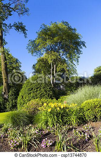 jardin - csp13744870