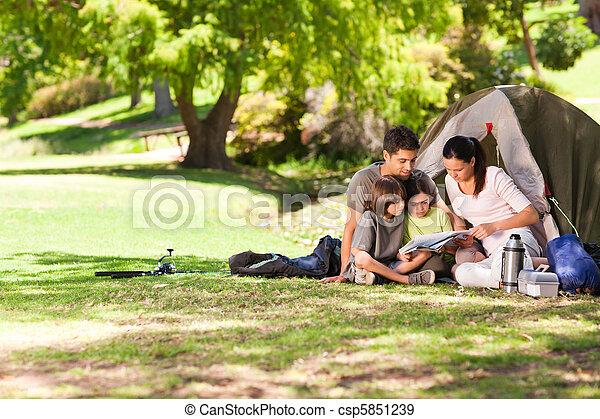 joyeux, parc, camping, famille - csp5851239