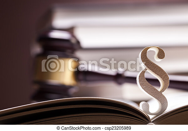 justice!, maillet - csp23205989