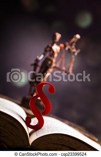justice!, maillet - csp23399524