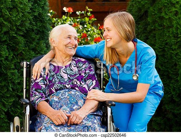 maison, personnes âgées soucient - csp22502646