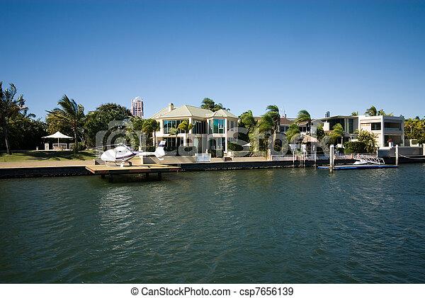 maisons, luxe - csp7656139