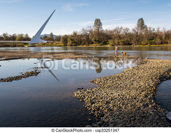 marche, rivière, californie, pont, cadran solaire - csp33251347