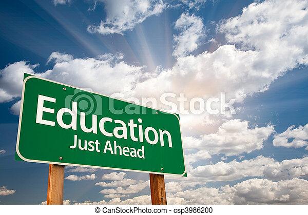 nuages, sur, signe, vert, education, route - csp3986200