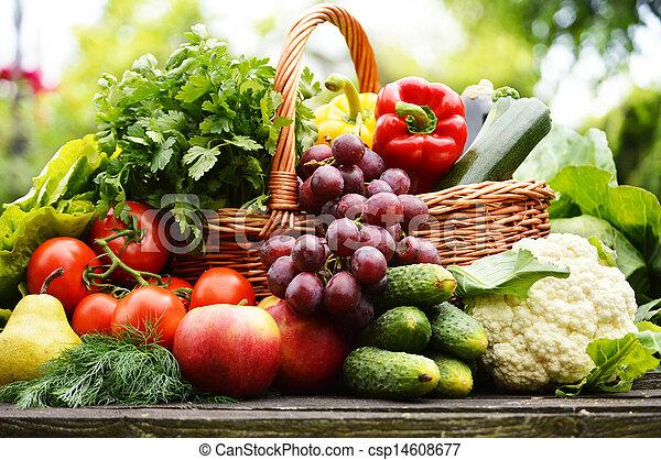 organique, jardin, osier, légumes, panier, frais - csp14608677