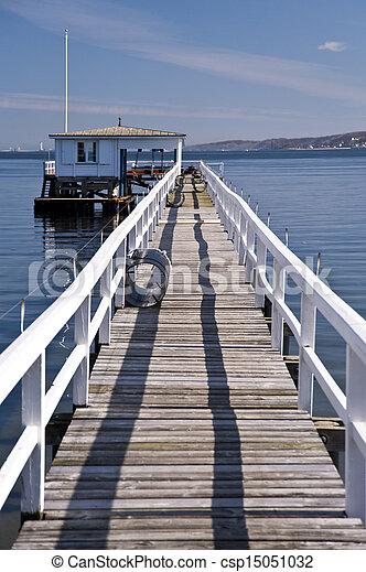 pont, mer - csp15051032