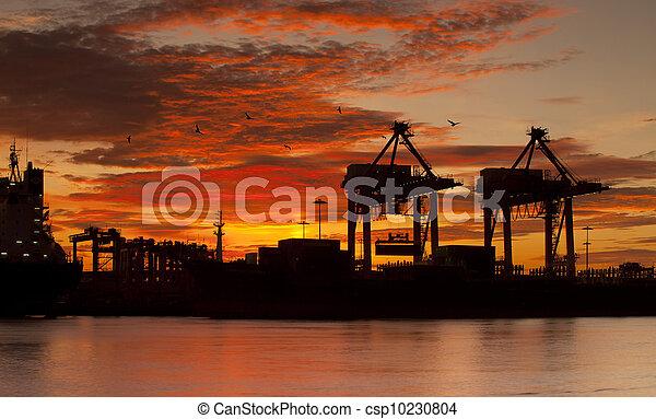 pont, récipient cargaison, fond, fonctionnement, crépuscule, grue, chantier naval, exportation, logistique, importation, bateau fret - csp10230804