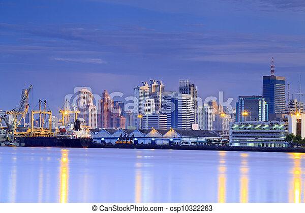 pont, récipient cargaison, fond, fonctionnement, crépuscule, grue, chantier naval, exportation, logistique, importation, bateau fret - csp10322263