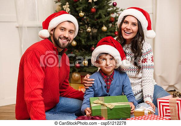 présente, noël, famille, heureux - csp51212278